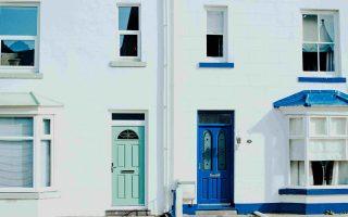 Alle voordelen en leuke opties met houten voordeuren